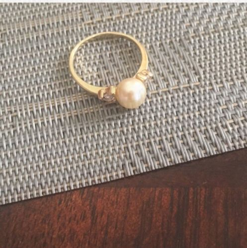 14k Gold Pearl Ring With Diamond