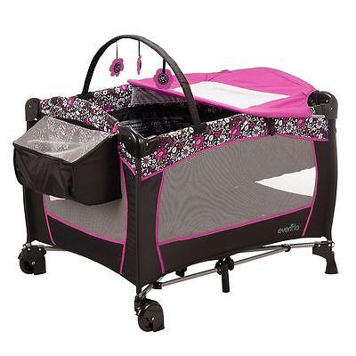 Portable Babysuite Evenflo Deluxe Playard New Play Baby Crib Playpen Bassinet