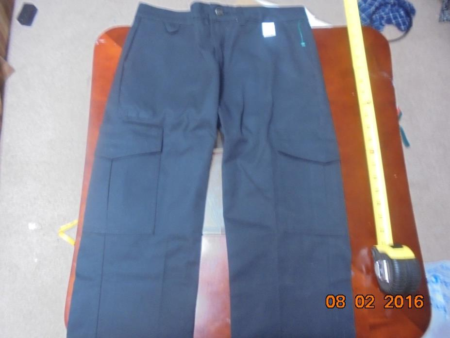 New with Tags womens work wear dickies Cargo EMT Uniform size 4UU FP537BK