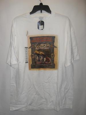 New Men's Graphic Short Sleeve T-shirt - Color: White - Size: XL - NWOT