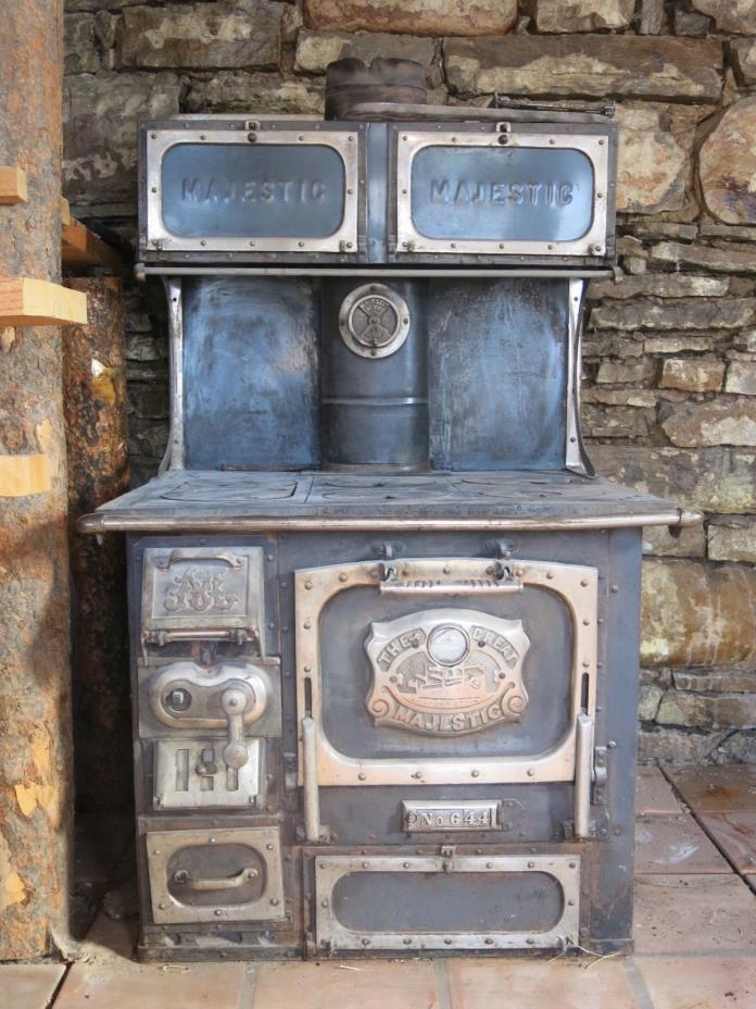 Majestic wood stove ( The Great Majestic #644 )