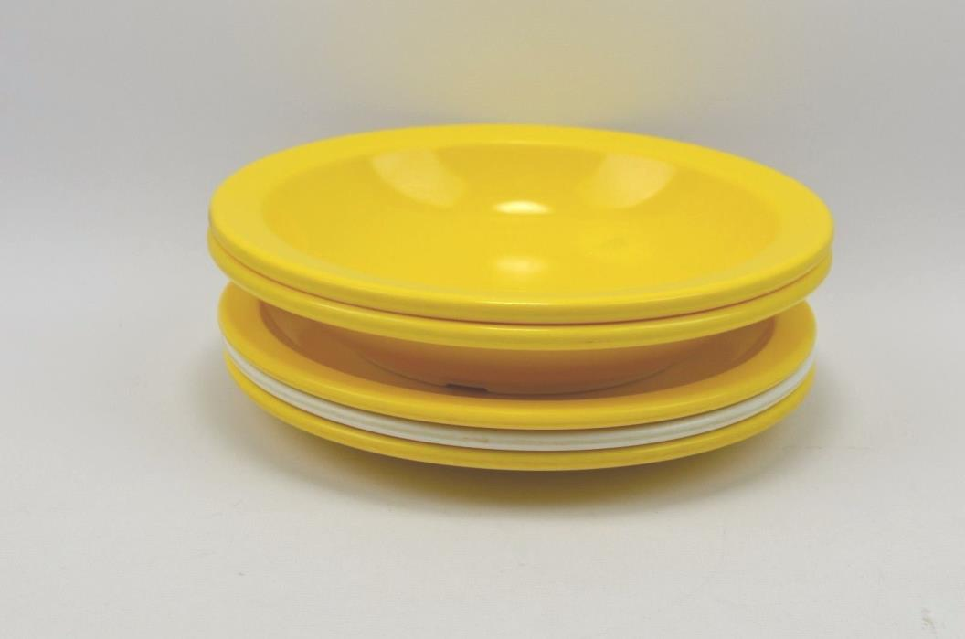 Vintage Yellow / White Texas Ware Melmac/Melamine Plates (3) and Bowls (2)