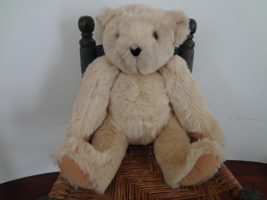 Vintage VERMONT TEDDY BEAR CO. beige tan bear 16