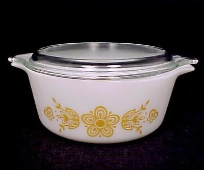 Pyrex 472 Butterfly Gold 1 1/2 Pint Covered Casserole & Lid Ovenware Bakeware