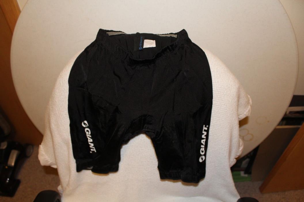 Unisex black bike shorts size medium Giant brand