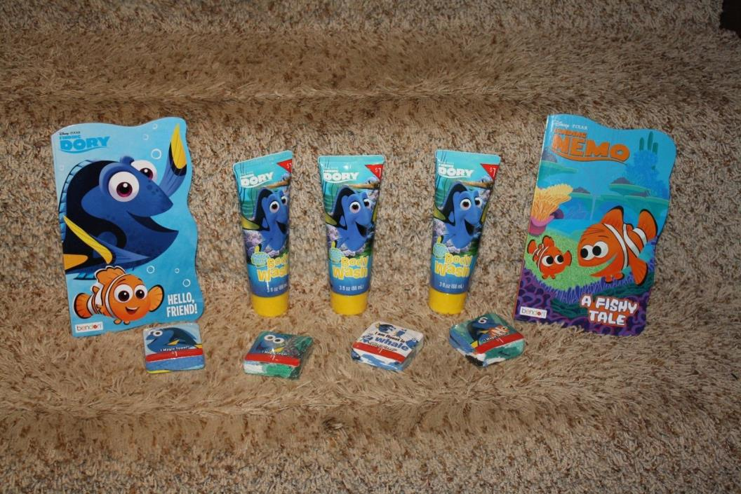 Finding Nemo Dory Bath Book Lot Body Wash Books Wash Clothes Magic Towel NEW