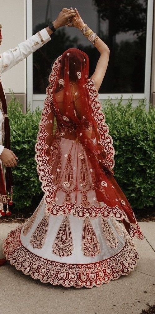 Burgundy Red White Velvet Indian Bridal Wedding Lengha Choli Size XS 2000$