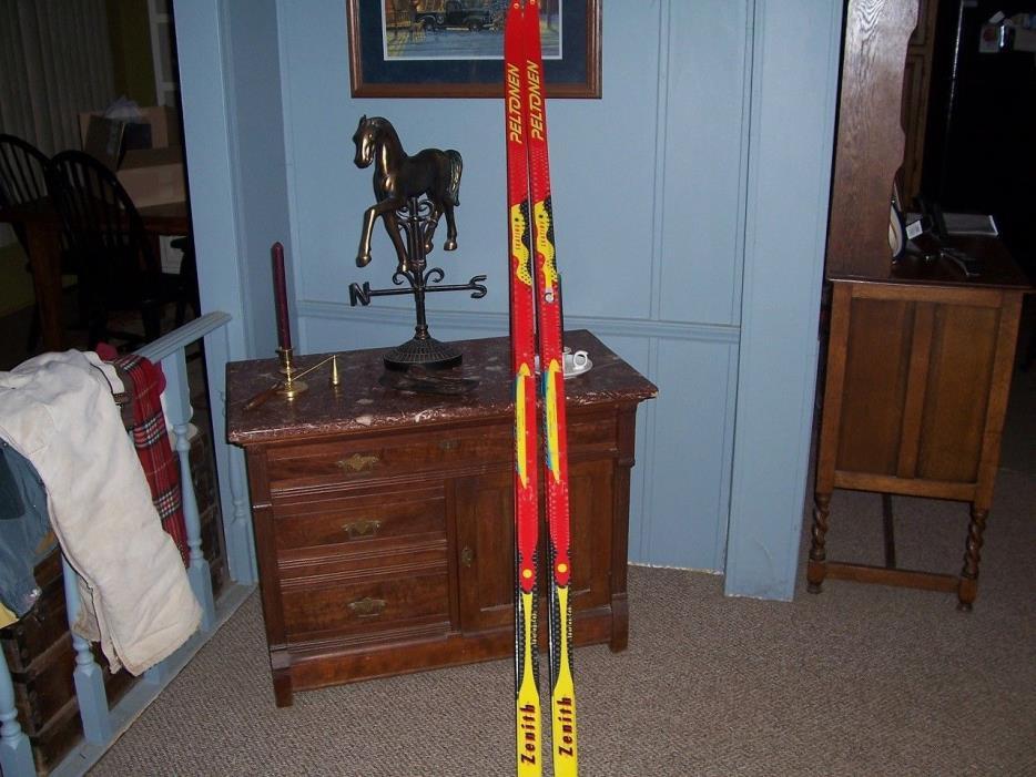 Peltonen Zenith 188 cm medium flex skating cap ski  no bindings