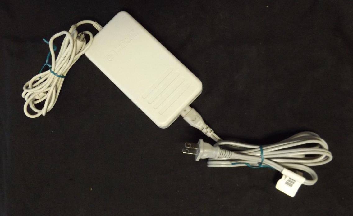 HP Hewlett Packard AC Power Adapter C6408 60014 18v 1100mA DC Output Working