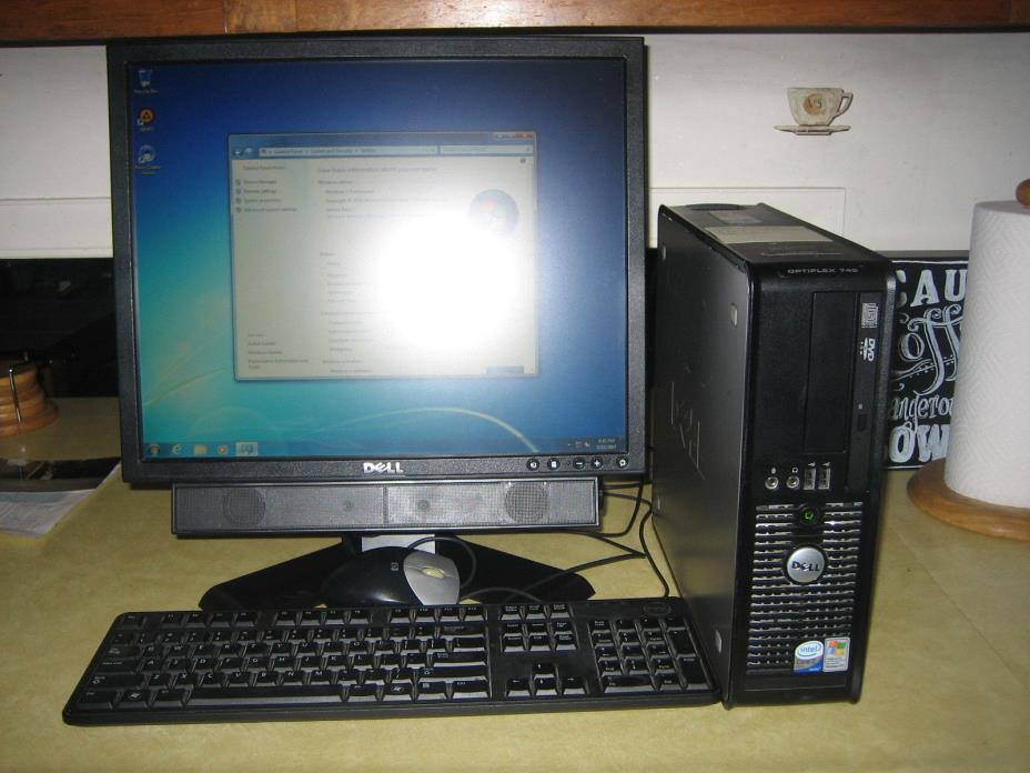 Dell 780 Optiplex Intel Dual Core 2  3.0 GHz 250 GB HD 4GB RM 19