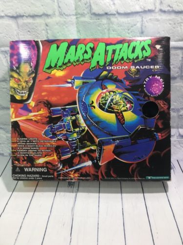 Mars Attacks Doom Saucer toy by Trend masters, MIB a way coool flying saucer toy