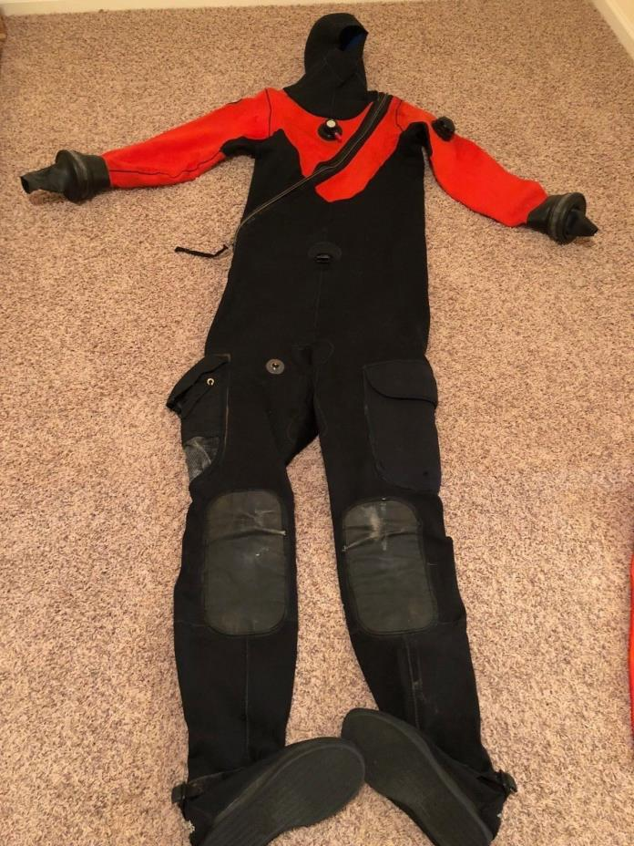 DUI Crushed Neoprene Dry Suit