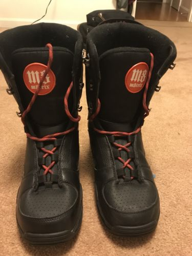 M8trix 580 Snowboard Boots Size 10