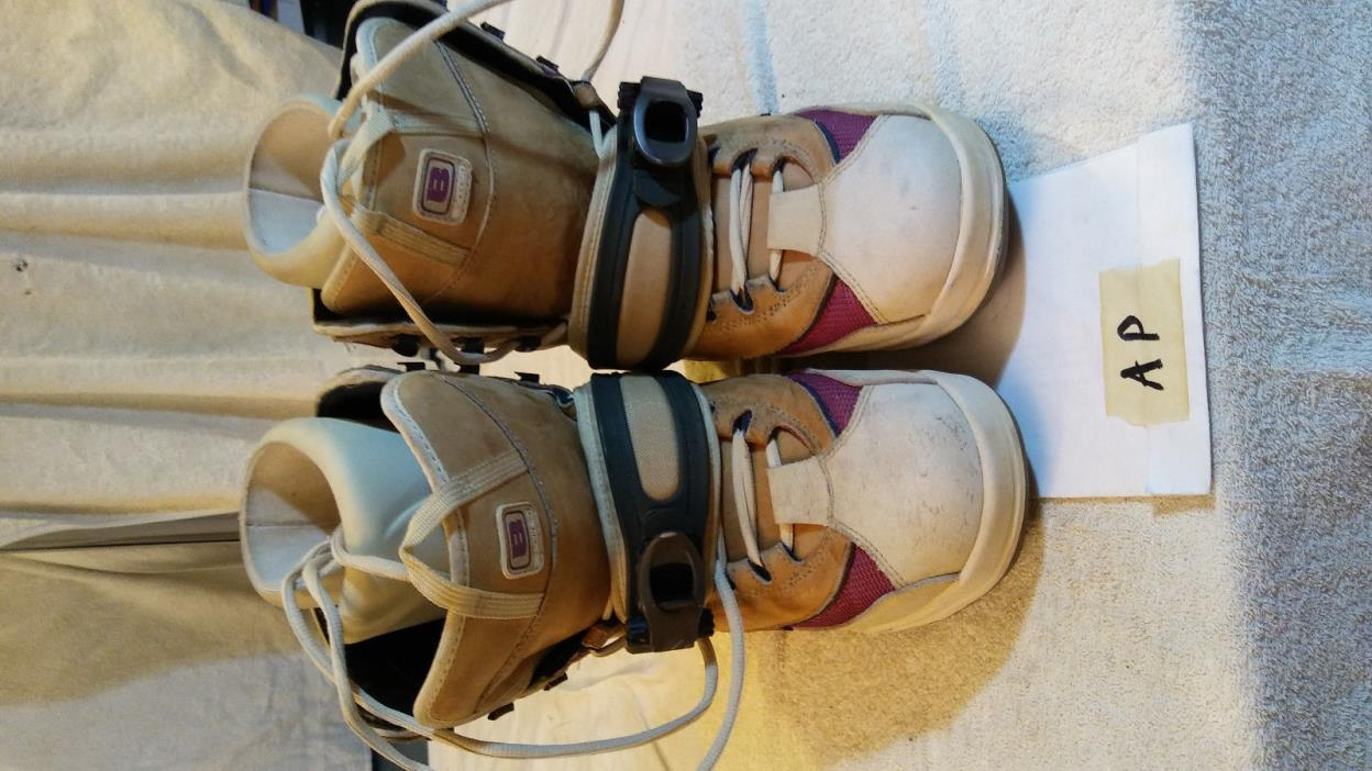 Burton snowboard boots, US Women Size 10, Step-in, leather