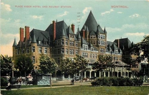 Montreal Quebec~Place Viger Hotel & Railway Station~Shelters~Horse Buggy~1913