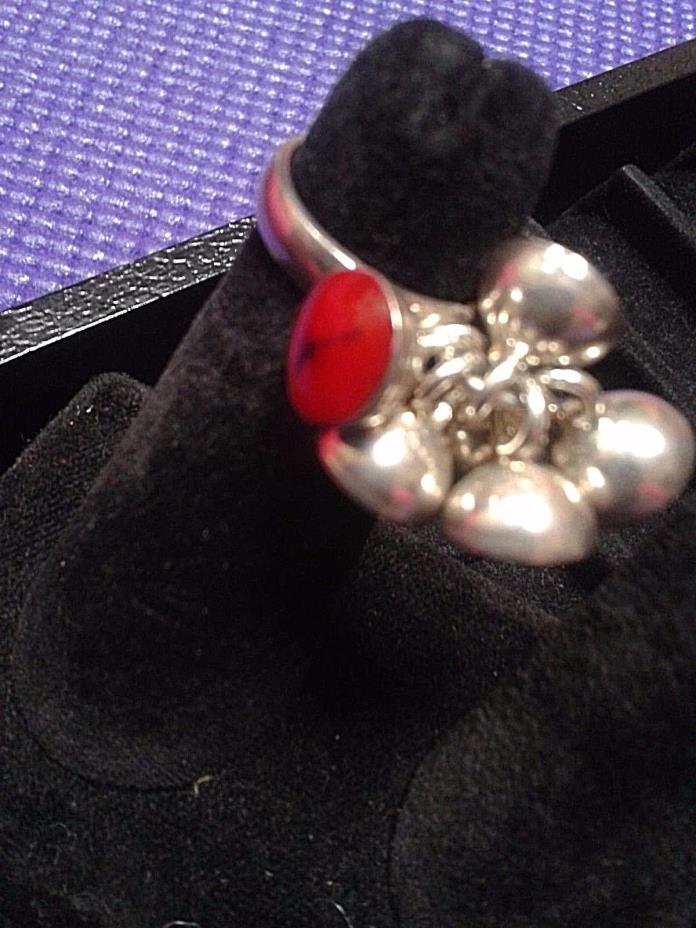 CANADIAN   STERLING SILVER  BAND  RING SIZE 6.5 '' BLOOD STONE ''