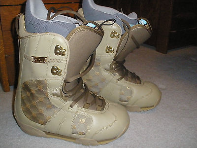 Very NICE! Women's Burton TAN & GOLD size 7.5 snowboard boots EMERALD high end
