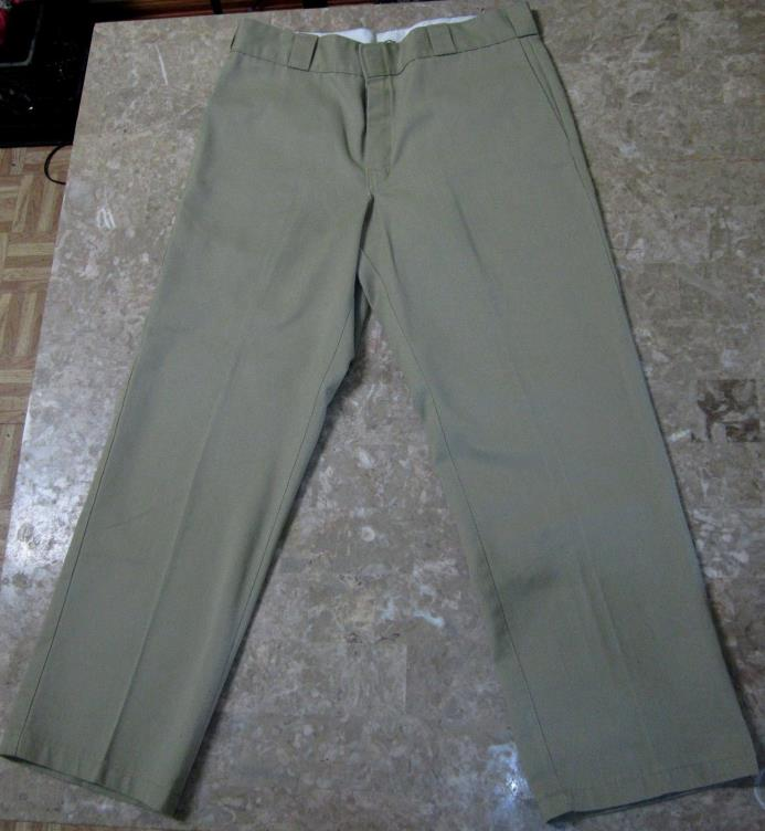 Men's Dickies 874 Original Fit 34 x 30 Work Pants Khaki Great Condition