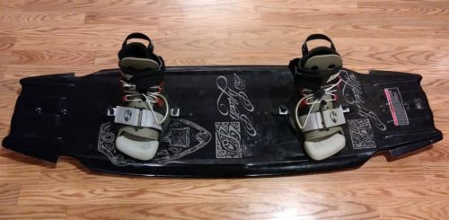 Hyperlite Rare Byerly 137 Trick Wakeboard w/Bindings