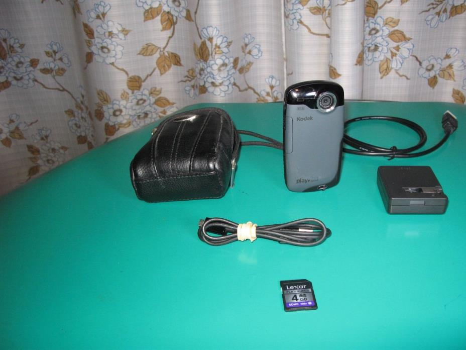 KODAK PLAYSPORT  Zx3 Water-Shake proof HD Camcorder/4GB SD card/Accessories/Bag.