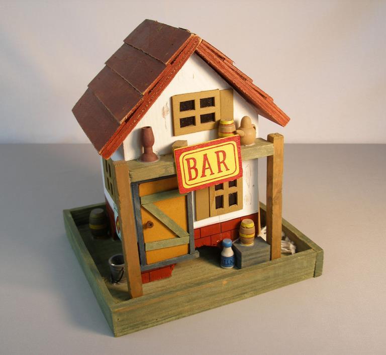 BIRD FEEDER HOUSE~WOODEN RUSTIC BAR W/HANGER~7 1/2