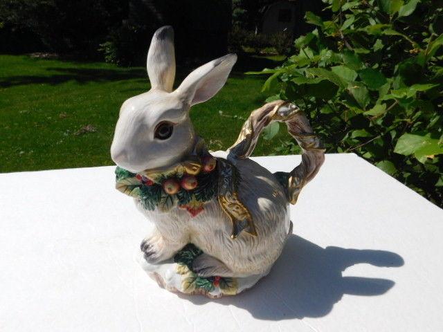 Fitz & Floyd SNOWY WOODS Figural Decorative Bunny Rabit Teapot