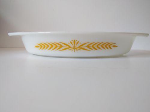 Pyrex ROYAL WHEAT Oval Divided 1.5 QT Serving Dish Milk Glass Vintage Casserole