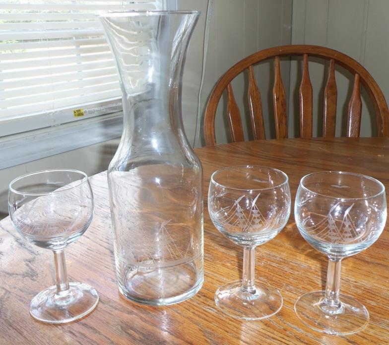 Vintage Crystal Decanter Caraffe 3 Glasses Etched Clipper Ship Sail Boat France