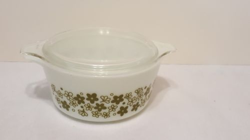 one and a half quart Pyrex casserole dish number 474 - B