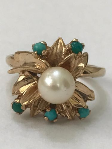 14k solid yellow gold pearl ring
