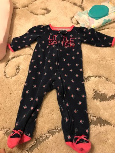 Baby Girl Sleepers *Carters* VGUC * Size 6-9 Months