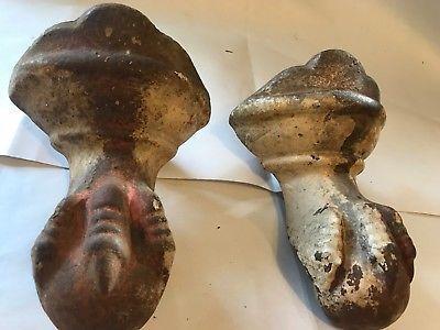 SET 2 SHABBY PAINTED ANTIQUE CAST IRON BALL & CLAW FOOT FEET BATH TUB LEGS