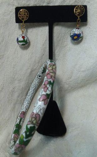 ENAMEL CLOISONNE BRACELET EARRING SET Bangle White FLOWERS Pierced DANGLE BEAD
