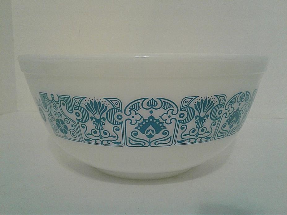 Vintage Pyrex Horizon Blue 2.5 QT Mixing Nesting Bowl #403