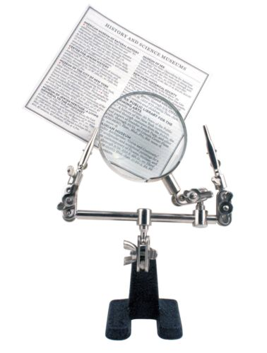 Little Helper Magnifying Glass w/Weighted Base & Clips