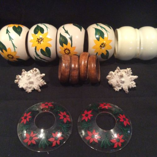 Vintage Retro Mixed Lot 14 Wooden Painted Plastic Decorative Flower Napkin Rings