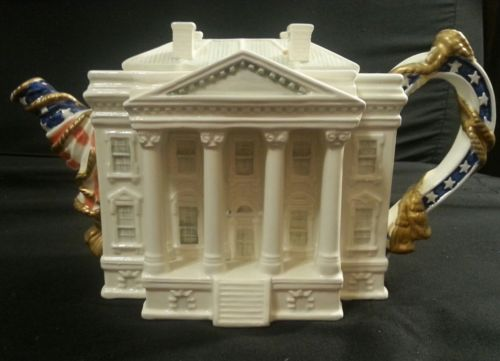 Limited Edition Fitz and Floyd Ceramic White House Teapot