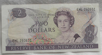 New Zealand 2 Dollar Note UNCIRCULATED MINT