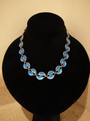 VINTAGE DAVID ANDERSEN NORWAY STERLING VERMEIL BLUE ENAMEL DOUBLE LEAF NECKLACE
