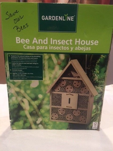 Gardeline Bee and Insect House House for Lawn Garden  NEW IN BOX