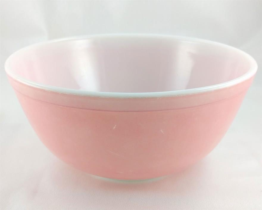Pyrex 403 Pink 2½ Qt Casserole Serving Bowl Vintage Made in the USA