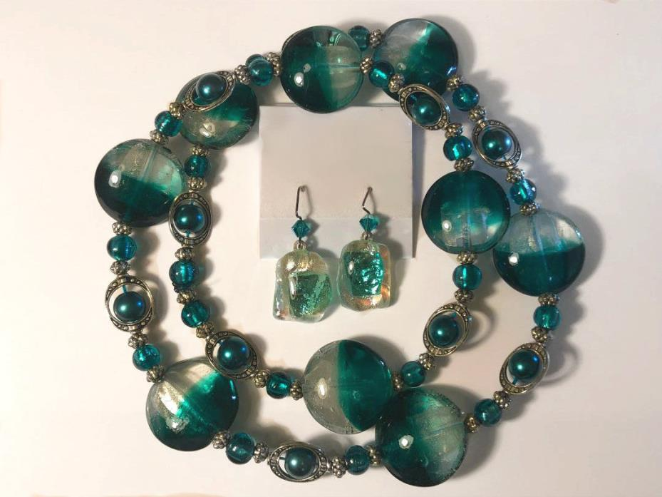 STUNNING Emerald Green Dichroic Foil Glass Bead Necklace w Earrings Silver 27