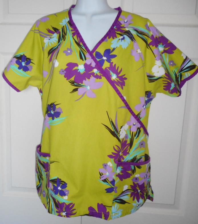LARGE UAscrubs flowers wrap w tie SZ L scrubs scrub CLEAN abstract flowers green