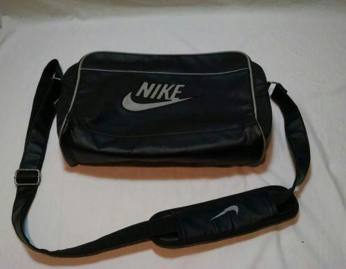 NIKE Faux Leather Travel/Computer/Messenger Shoulder Bag - Black/White -D