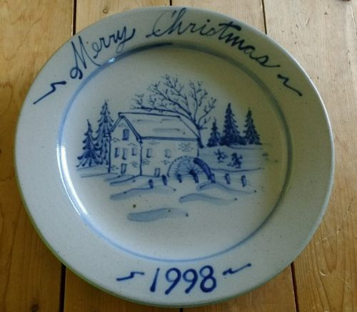 ROWE Pottery Salt Glazed 1998 Annual Christmas Holiday Plate Cambridge Wisconsin