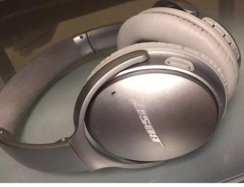 Bose QuietComfort 35 Wireless Headphones, Silver