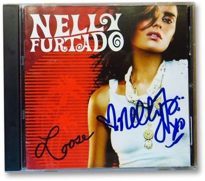 Nelly Furtado Signed Autographed CD Cover Loose Superstar GV863002