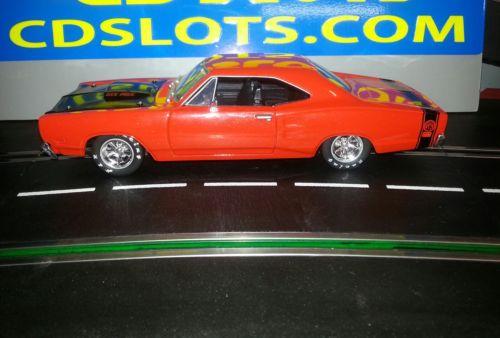 SLOT CAR 1:24 Car /Dodge Coronet SUPER BEE 1969/ 30K Motor , Metallic Orange