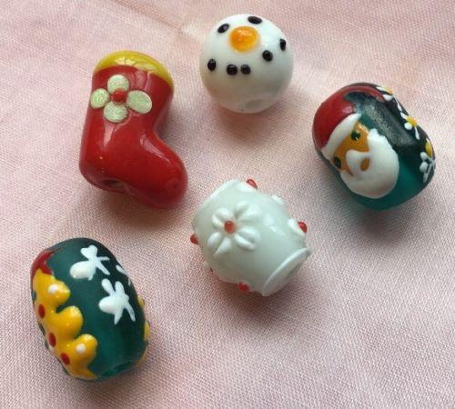 Loose Santa Stocking Christmas Lampwork Glass Beads Lot P-5
