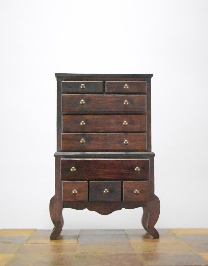 Queen Anne Dresser - For Sale Classifieds